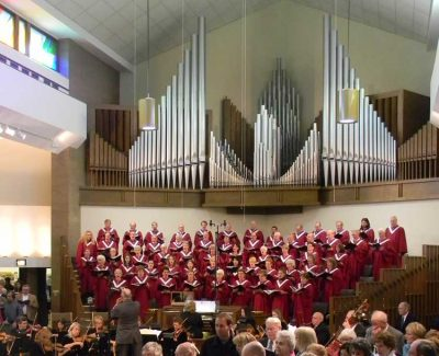 Wellshire's Sanctuary Choir with Casavant Organ